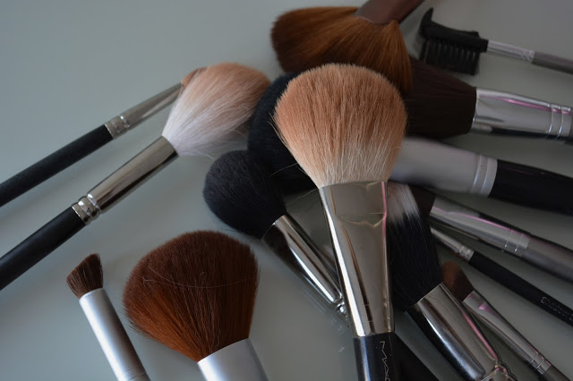 Dirty dirty makeup brushes